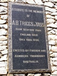 Inscription Plaque : 16-October-2014