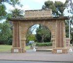 Unley Memorial Arch : 07-December-2012