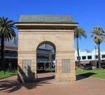 War Memorial Arch : 12-August-2011