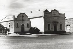 1930 : State Library of South Australia - B-32092